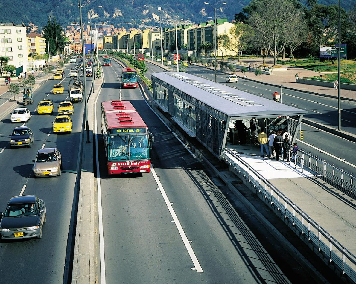 Transmilenio: Rede de corredores de ônibus segregados