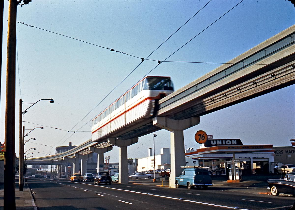 SeattleMonorail10-62