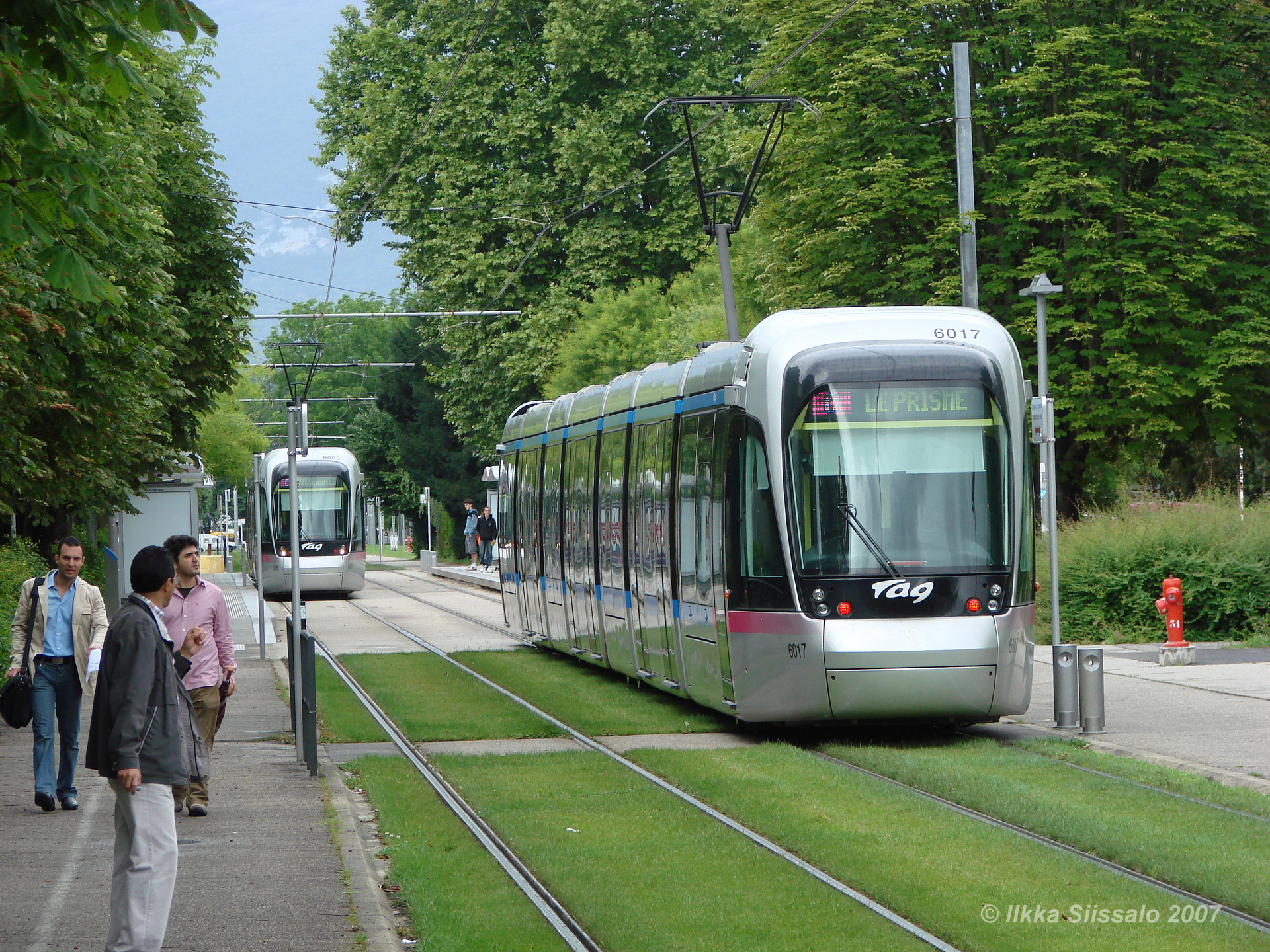 grenoble_tram1_1920