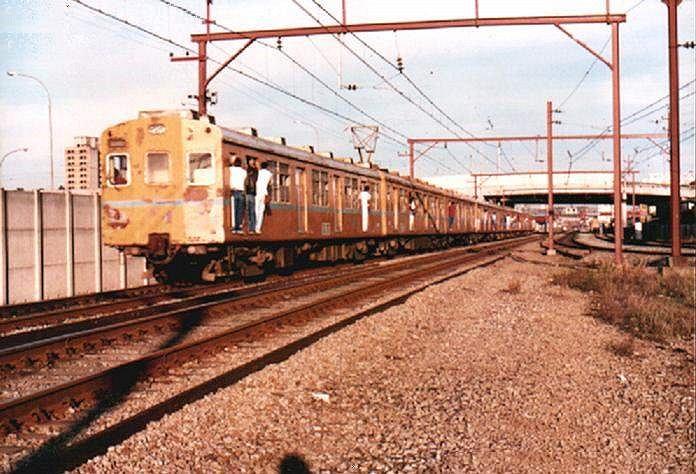 ER440 002