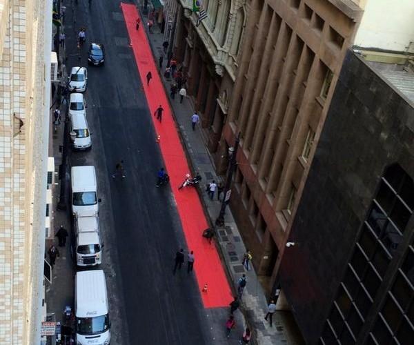 Rua Boa Vista, no centro, está recebendo nova ciclovia