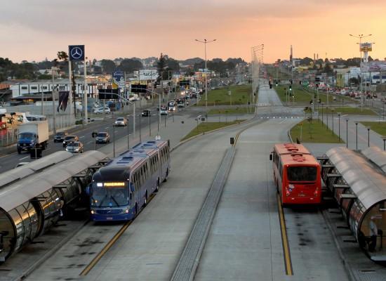 8 motivos para São Paulo investir em corredores de ônibus