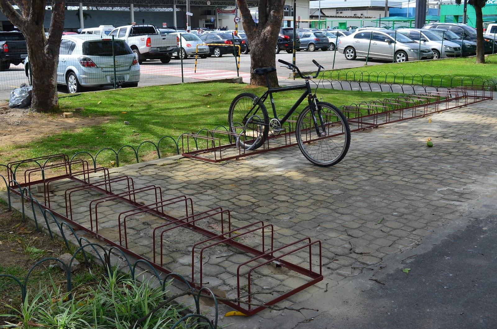 20111117_novo_bicicletario_aeroporto_Vitoria2