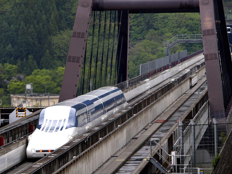 japan-maglev-train-may-2010