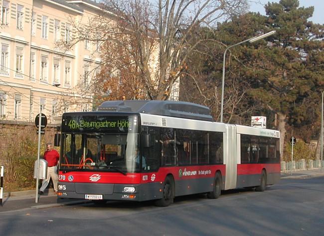 Bus_Wiener_Linien_Ng273-8270