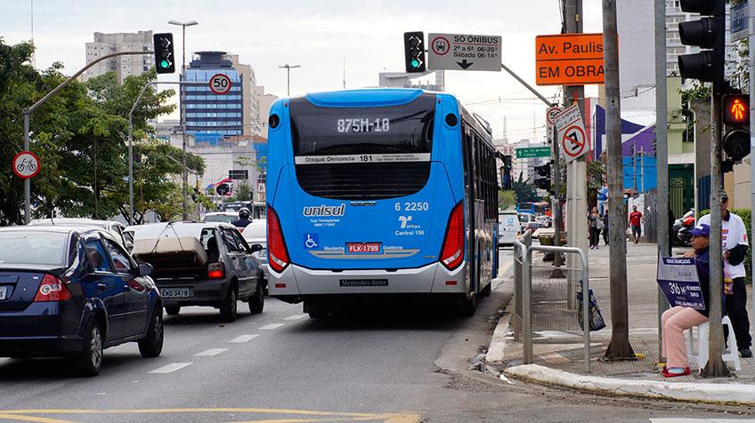 Faixa Exclusiva implantada na Rua Vergueiro