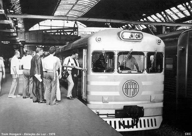 """Fonte: """"A Era do Trem"""", 1ª Edição, 1999. Autor da foto desconhecido."""