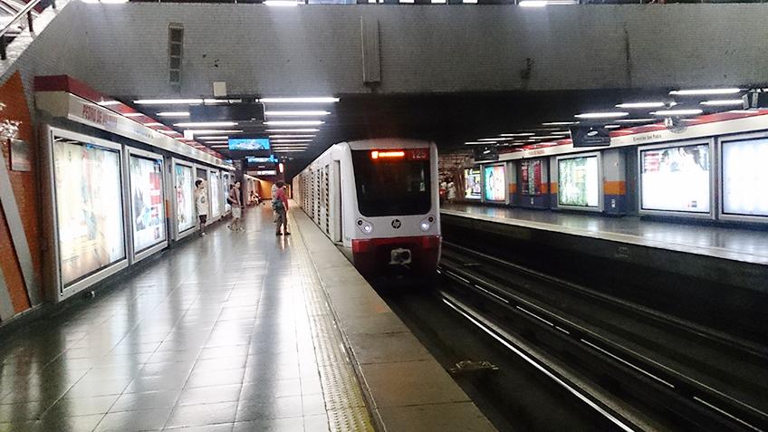 Trem da Linha 1 fabricado pela Caf - Foto: Renato Lobo