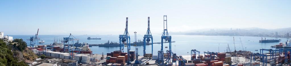 Imagem panorâmica de Valparaíso (clique para ampliar)   Foto de Rafael Narchi