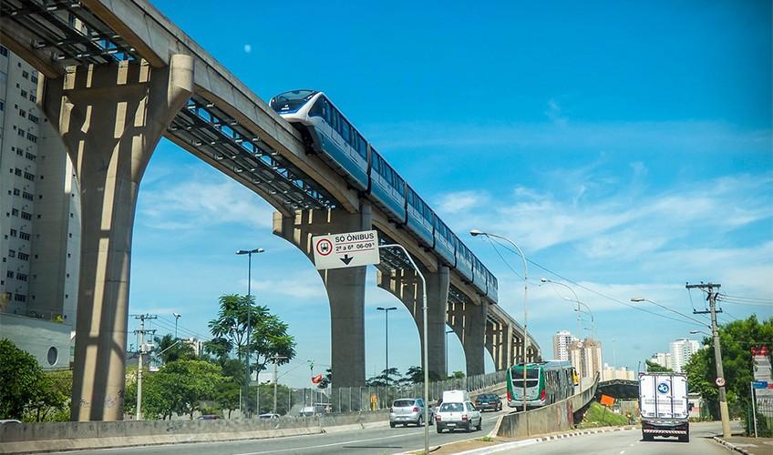 Trecho em operação da Linha 15-Prata, entre Vila Prudente e Oratório - Foto de Sergio Mazzi