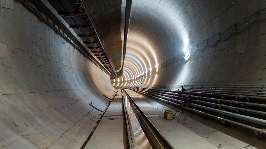 Túnel escavado em direção a Santa Cruz   Foto: Renato Lobo