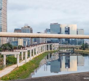 Monotrilho em Construção na Marginal Pinheiros, em São Paulo | Foto de Sergio Mazzi