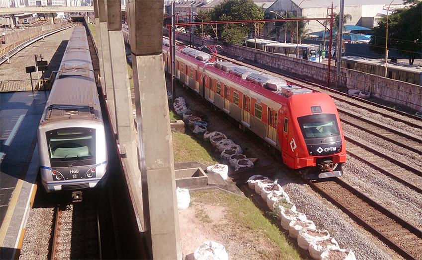 Trem da série 8500 em testes no Expresso leste   Foto: Renato Lobo