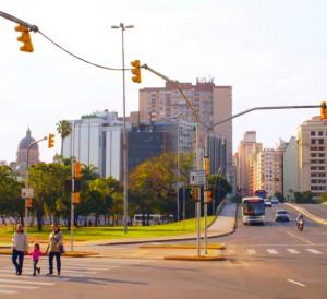 Acesso à Avenida Borges de Medeiros no Centro