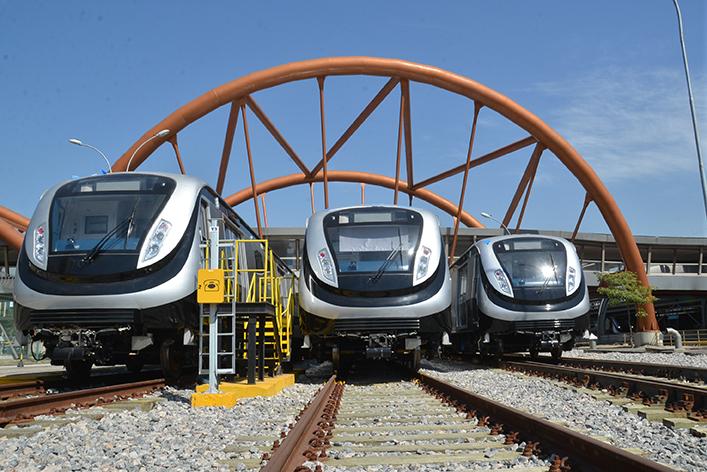 ultimos-trens-da-Linha-4-do-metro-chegam-no-Rio-de-Janeiro