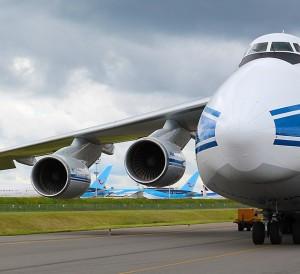 Antonov-An-124-Volga