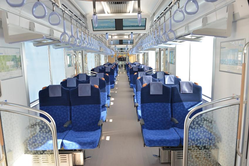 tn_jp-seibu-series40000-transverse-KM