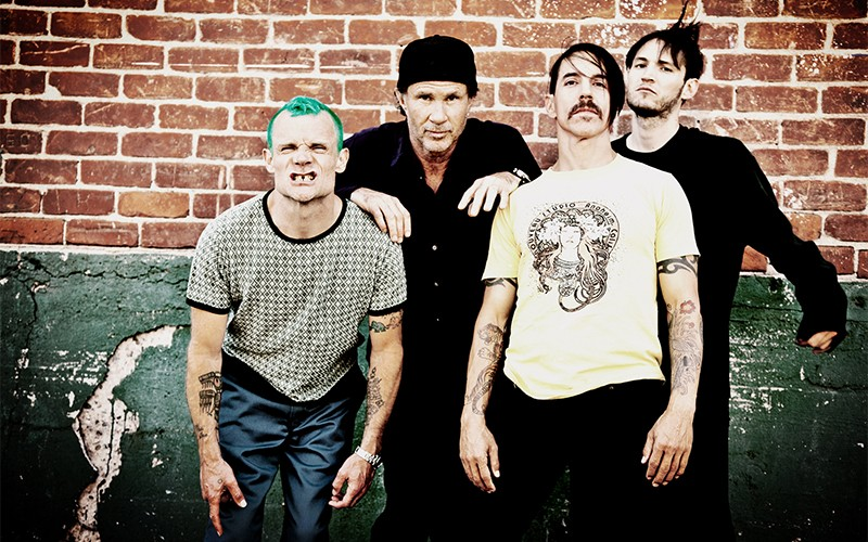 Red-Hot-Chili-Peppers-02-1
