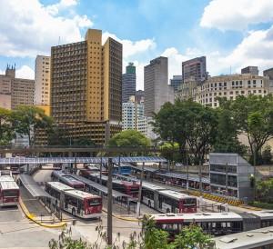Terminal_de_onibus_Pca.das_Bandeiras_01