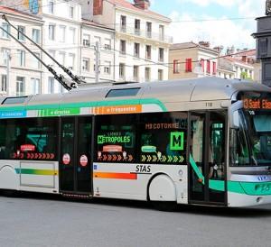 2201405_saint-etienne-veut-relancer-le-trolleybus-web-tete-0302188884448
