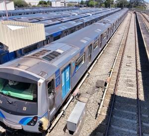 frotaL-patio-jabaquara-metro-sp-renatolobo