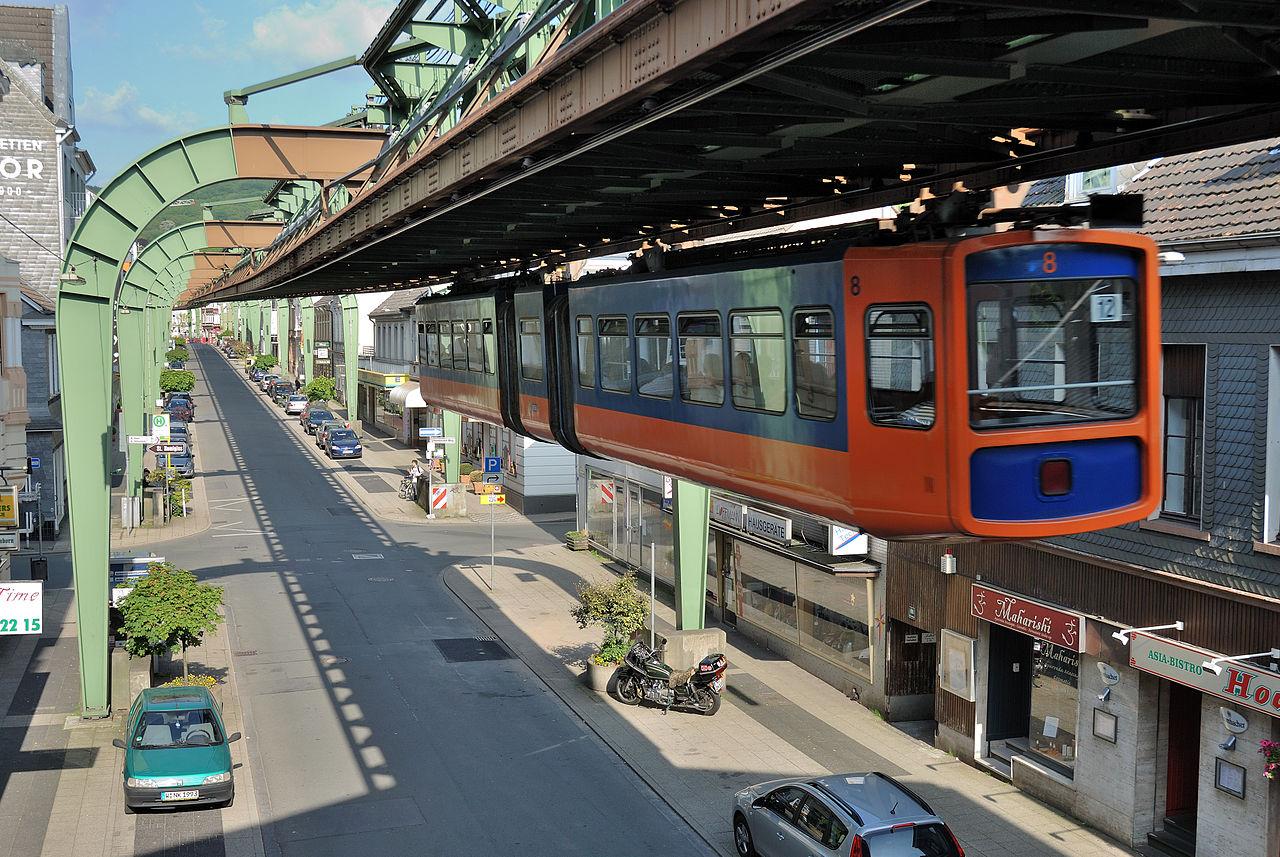 1280px-Wuppertal-100522-13449-Sonnborn