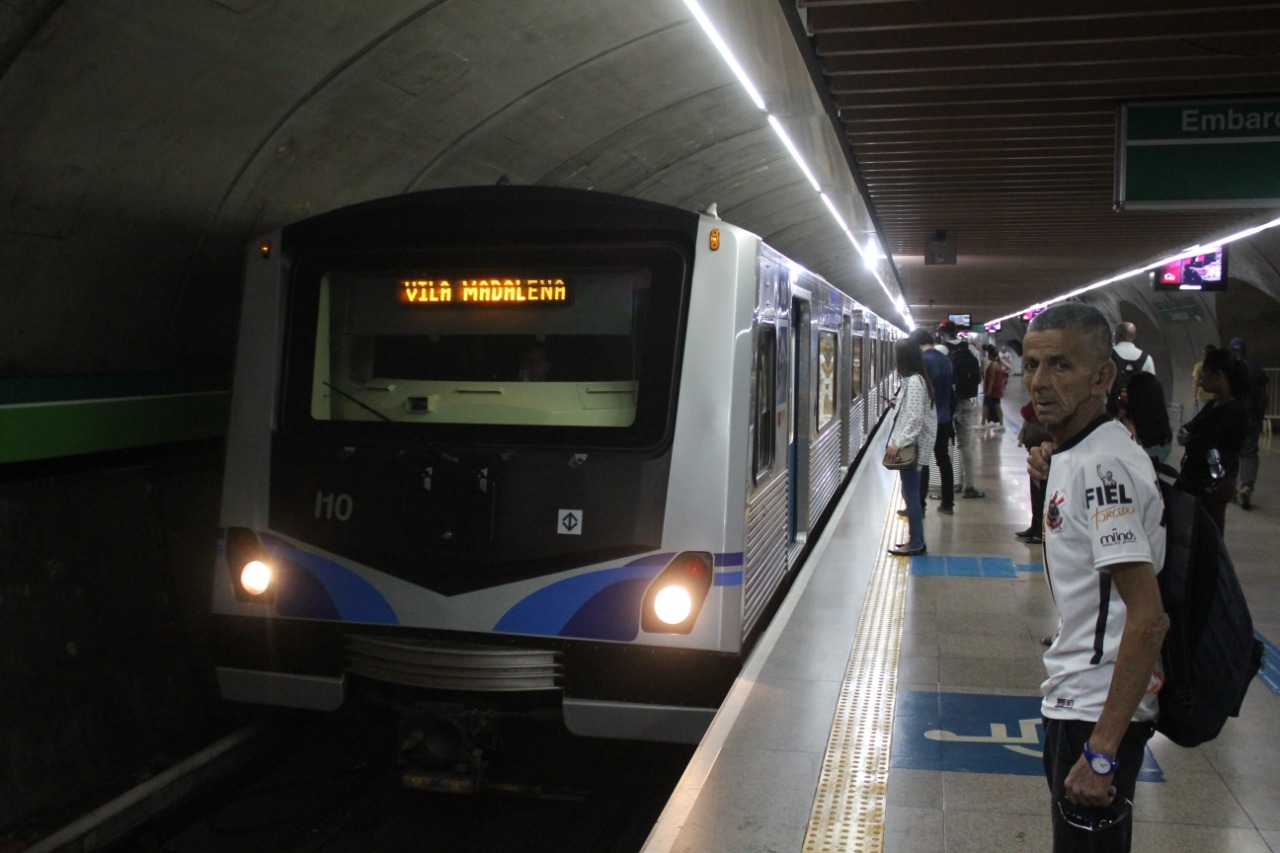 metrosp-linha2-frotai-diariodostrilhos2